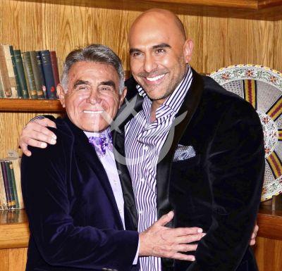 Héctor Suárez Gomis escribirá libro de su papá