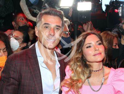 Sergio Mayer reacciona a críticas por \'acoso\' de Issabela Camil
