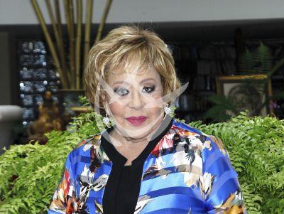 Sylvia Pasquel niega que Silvia Pinal haya muerto