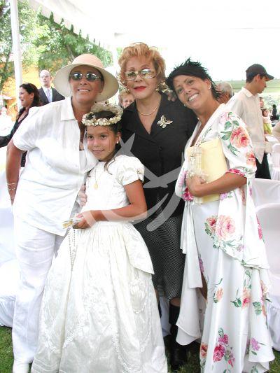 Alejandra Guzmán y Su Familia