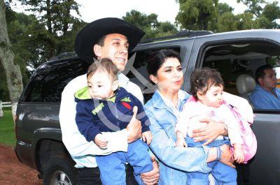 Victoria Ruffo e hijos