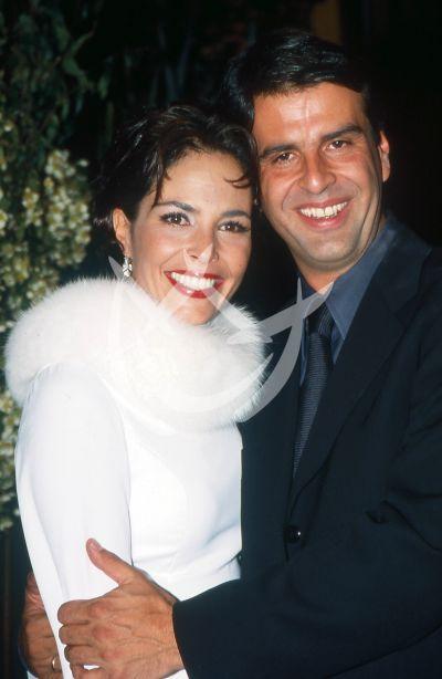 Mariana Levy y Pirru, 2000