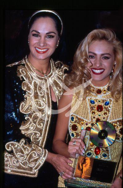 Paulina Rubio y Susana Dosamantes 1990