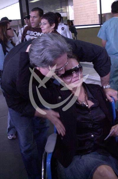 Lucía Méndez sale del hospital