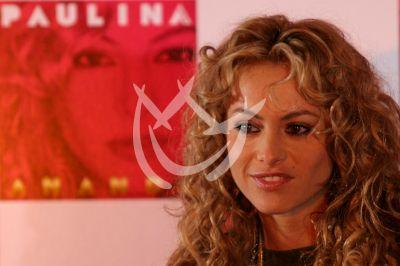 Paulina Rubio presenta Ananda