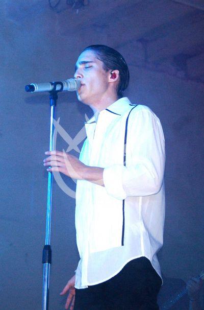Diego González en concierto