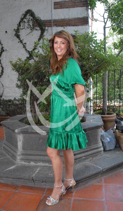 Andrea Legarreta ¡en jabón!