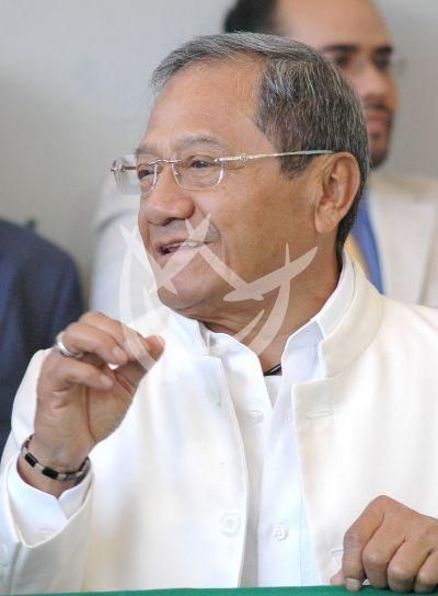 Manzanero presidente