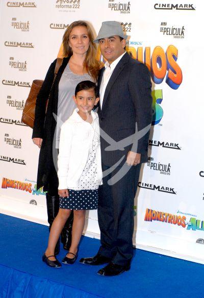 Adal Ramones en familia