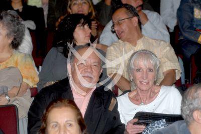 Sergio Corona y esposa