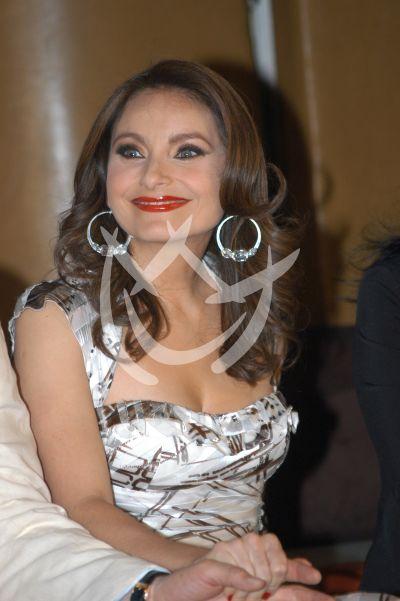 Elizabeth Alvarez