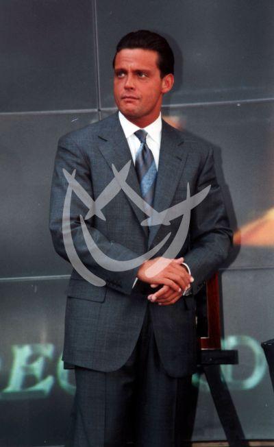 Luis Miguel, 2002