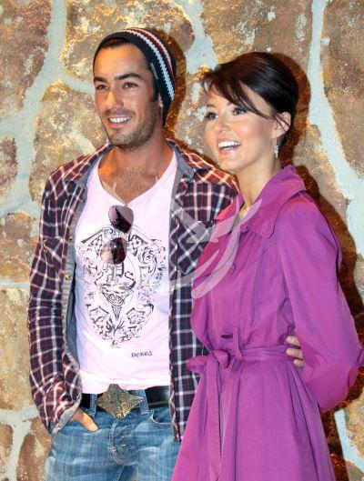 Angelique Boyer y Aarón Díaz en Teresa 2010