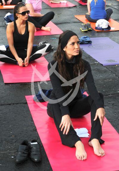 Yoga en el zócalo del DF