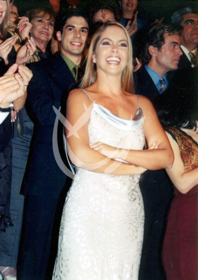 Lucero, 2000