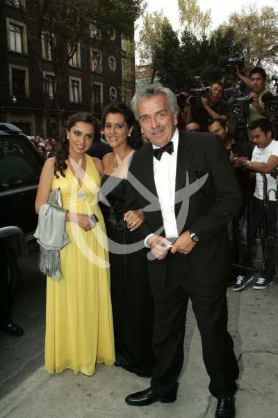 José Elías Moreno y familia
