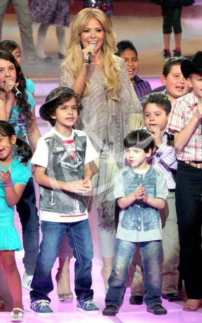 Gloria Trevi e hijos ¡gigantes!