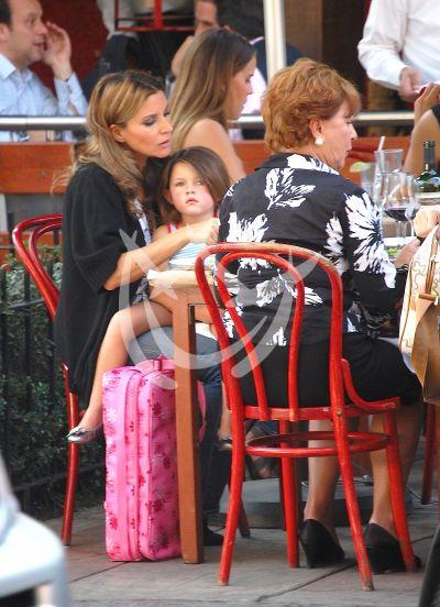 Isabella y Camila ¡qué guapa!