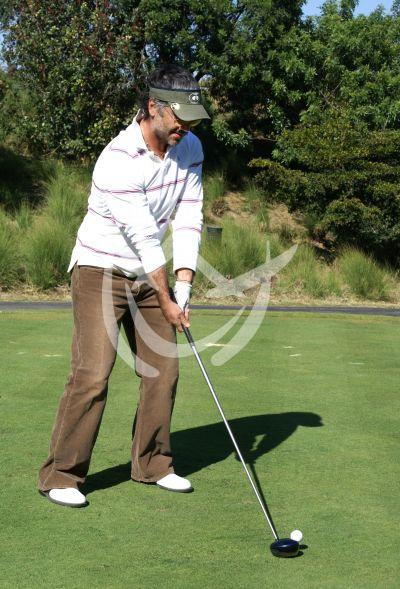El Potrillo ¡golfista altruista!
