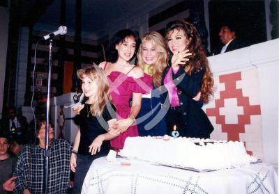 Thalía con Ernestina, circa 1992
