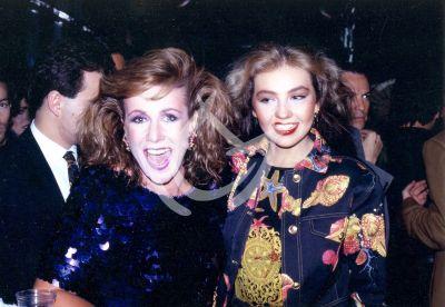 Thalía y Laura, 1990