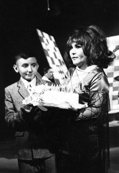Carmen Salinas e hijo Pedro Placencia 1966