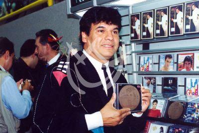 Juan Gabriel, 1989
