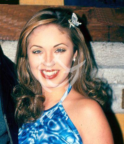 Anahí, 2000