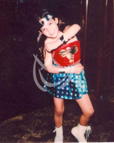 Thalía es ¡Wonder Woman!