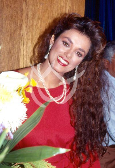 Lucía en 1990