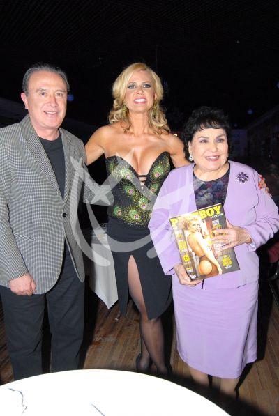 Carmen y Ricardo con Sissi