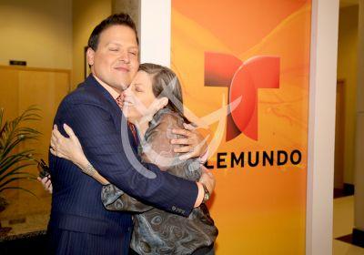 Raúl con mamá!