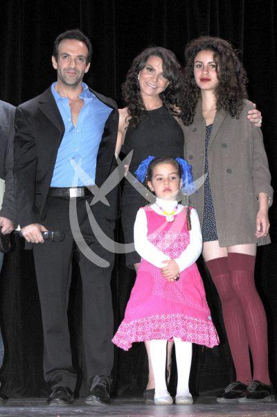 Mariana Garza y familia