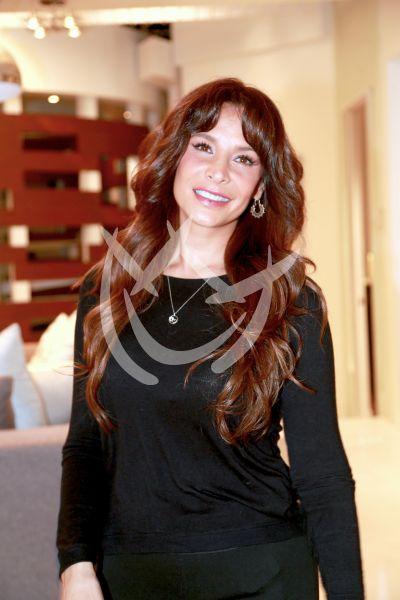 Lorena mamá feliz