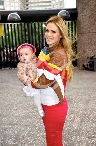 Luz Elena González e hija