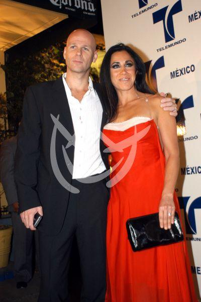 Mónica Noguera y esposo 2007