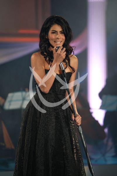 María León canta a Muchacha