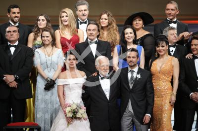 Muchacha Italiana Viene a Casarse, elenco