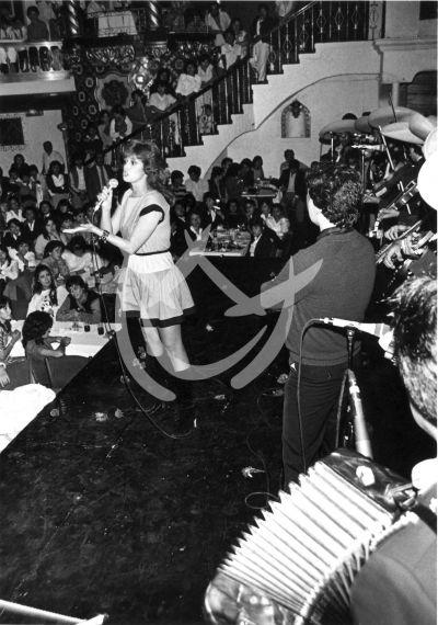 Lucía en El Patio, 1985