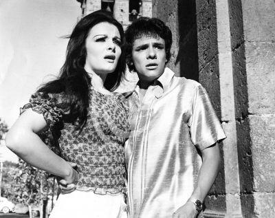 José José y Sasha, 1972