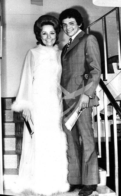 José José y esposa, 1971