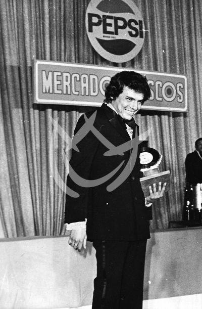 José José, circa 1974