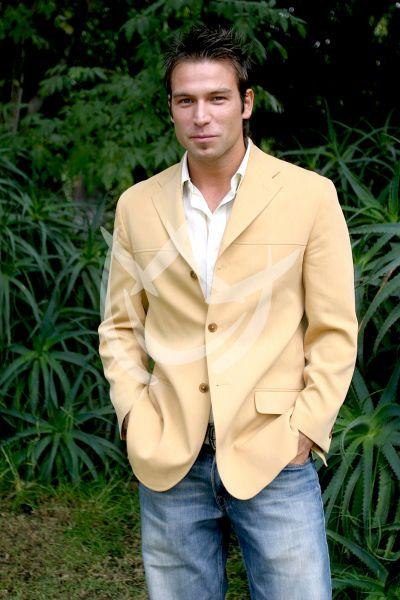 Rafael Amaya, 2004