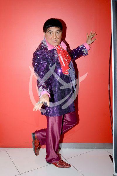Carlos Bonavides y más se pintan de Pink
