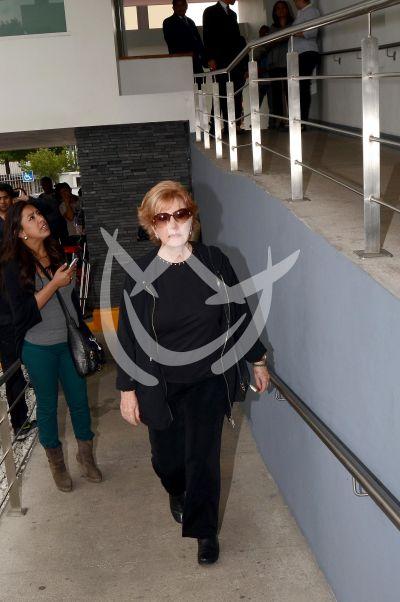 Maxine Woodside despide a la India