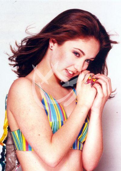 Anahí en 1992