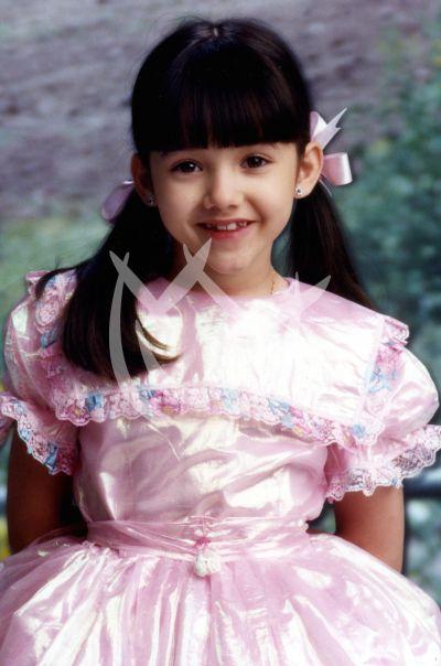Sherlyn 9 años