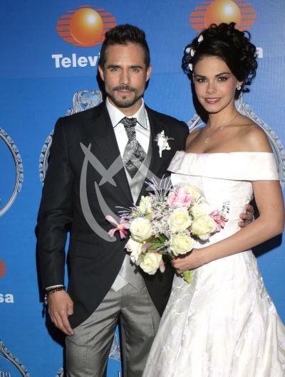 José y Livia vienen a Casarse
