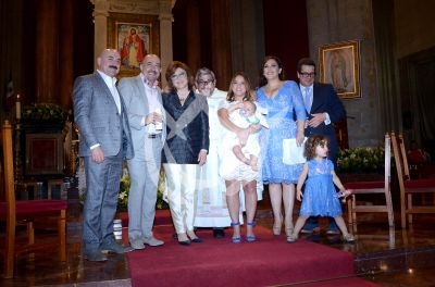 La Vale bautiza a Danico con padrinos de lujo