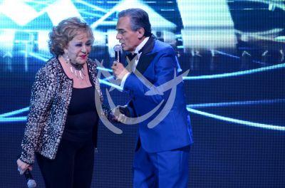 Silvia Pinal ama y quiere a José José